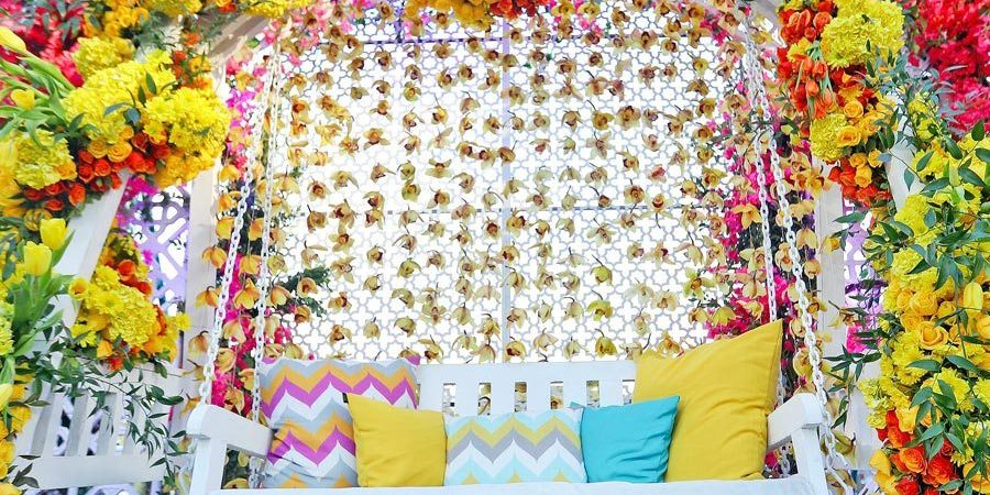 This Moroccan themed sundowner Mehndi décor was inspiration galore - WeddingSutra
