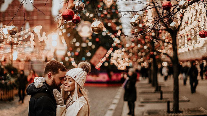 Date Night Ideas For The Holidays - Modern Wedding