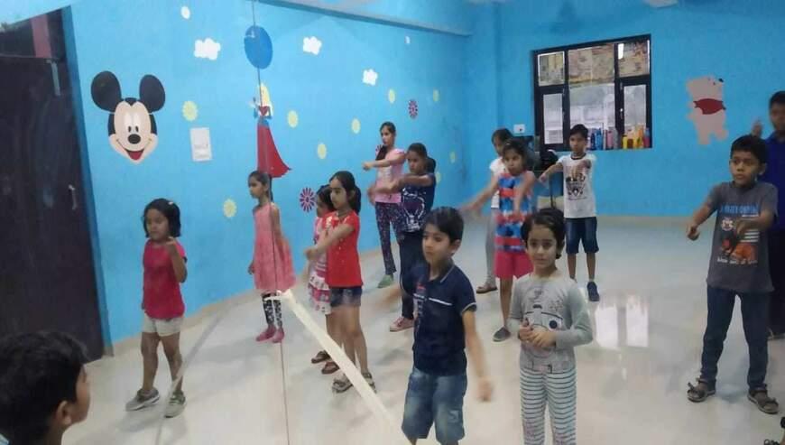 Do-Bhai-Dance-Academy1