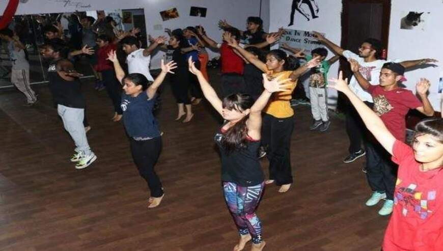 Funk-In-Motion-Dance-Studio1