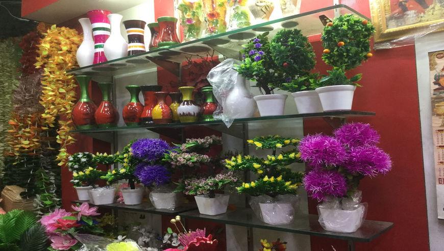 Goldy-Gift-Flower-Shop5-1