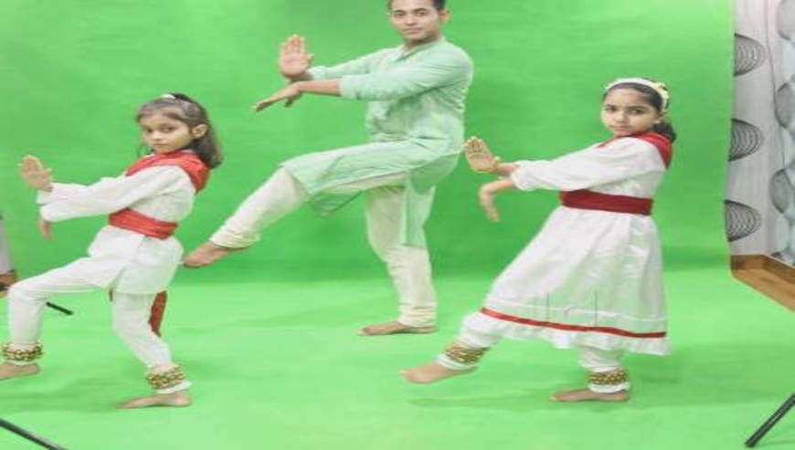 Hu-Music-Acting-Dance-Academy2