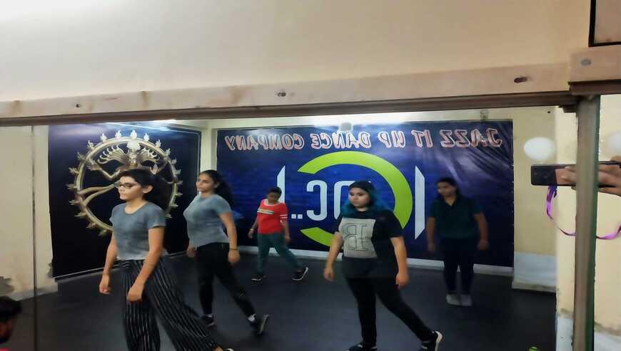 Jazz-It-Up-Dance-Academy1