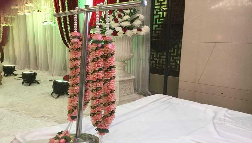Manvi-Flowers2