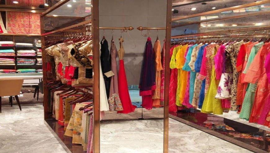 Meena-Bazaar3