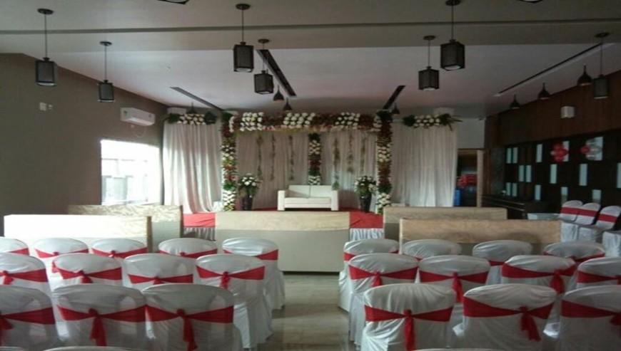 Satkar-Garden-Restaurant-Banquet-Hall4