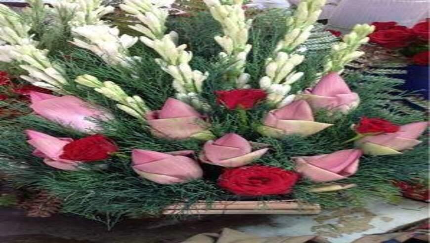 Sheetla-Florist1