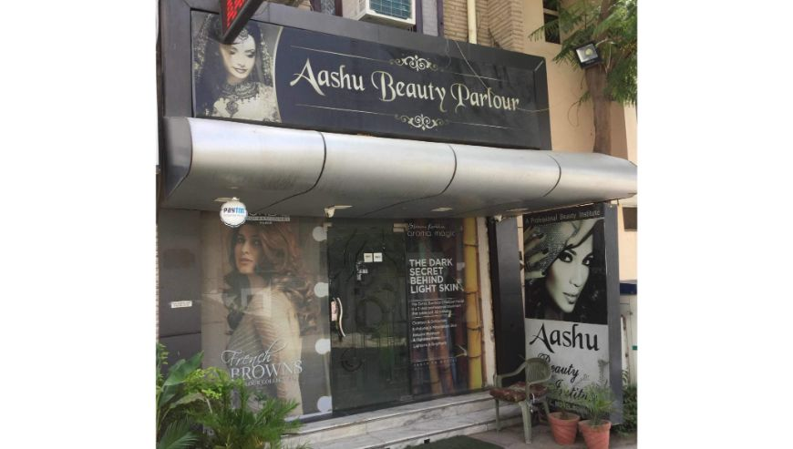 Aashu-Beauty-Parlour-and-Institute