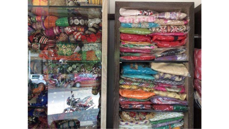 Aparnas-Designer-Boutique-1