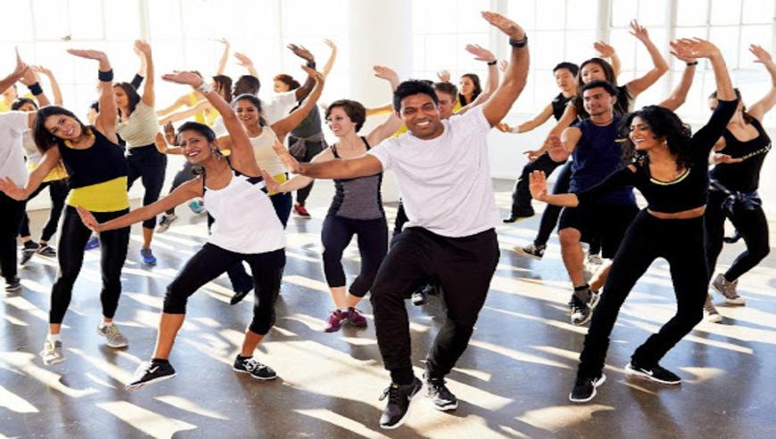 Dancing-Crew