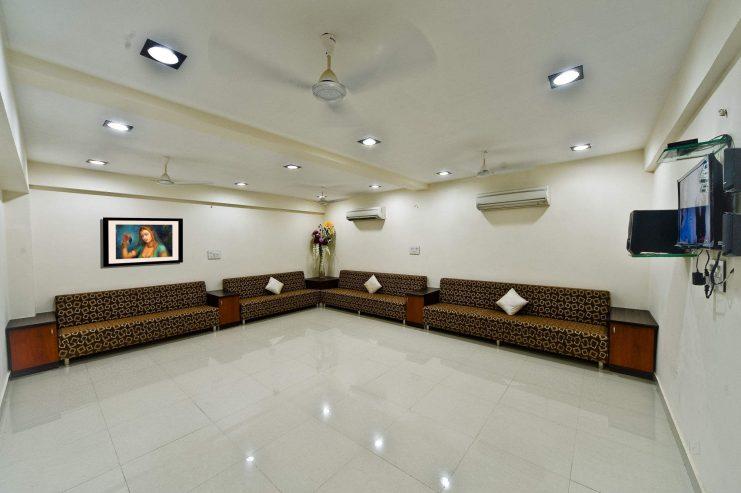 Hotel-Durga-Silver-Line-1