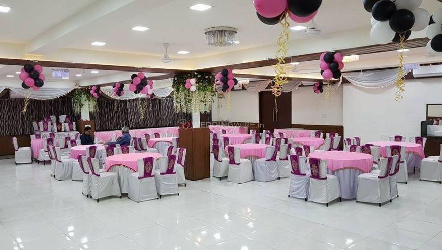 Singhasan-Banquet-Hall