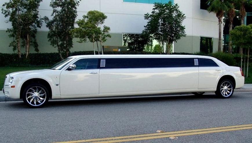 Sunny-Motor-Garage-MD-Luxury-Wedding-Car